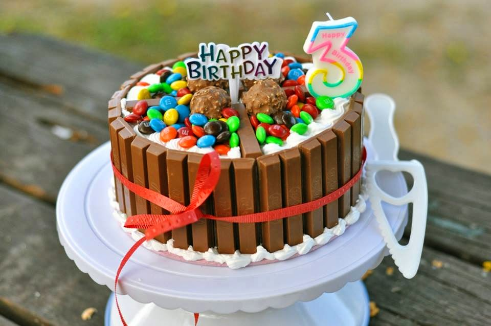 Koleksi Kek Birthday Akiff Blog Abah Careno